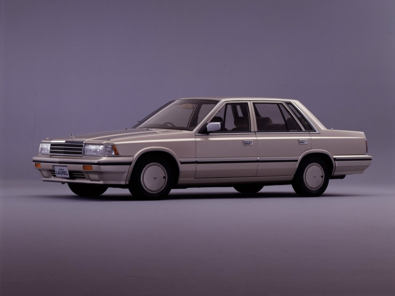 Nissan Laurel V