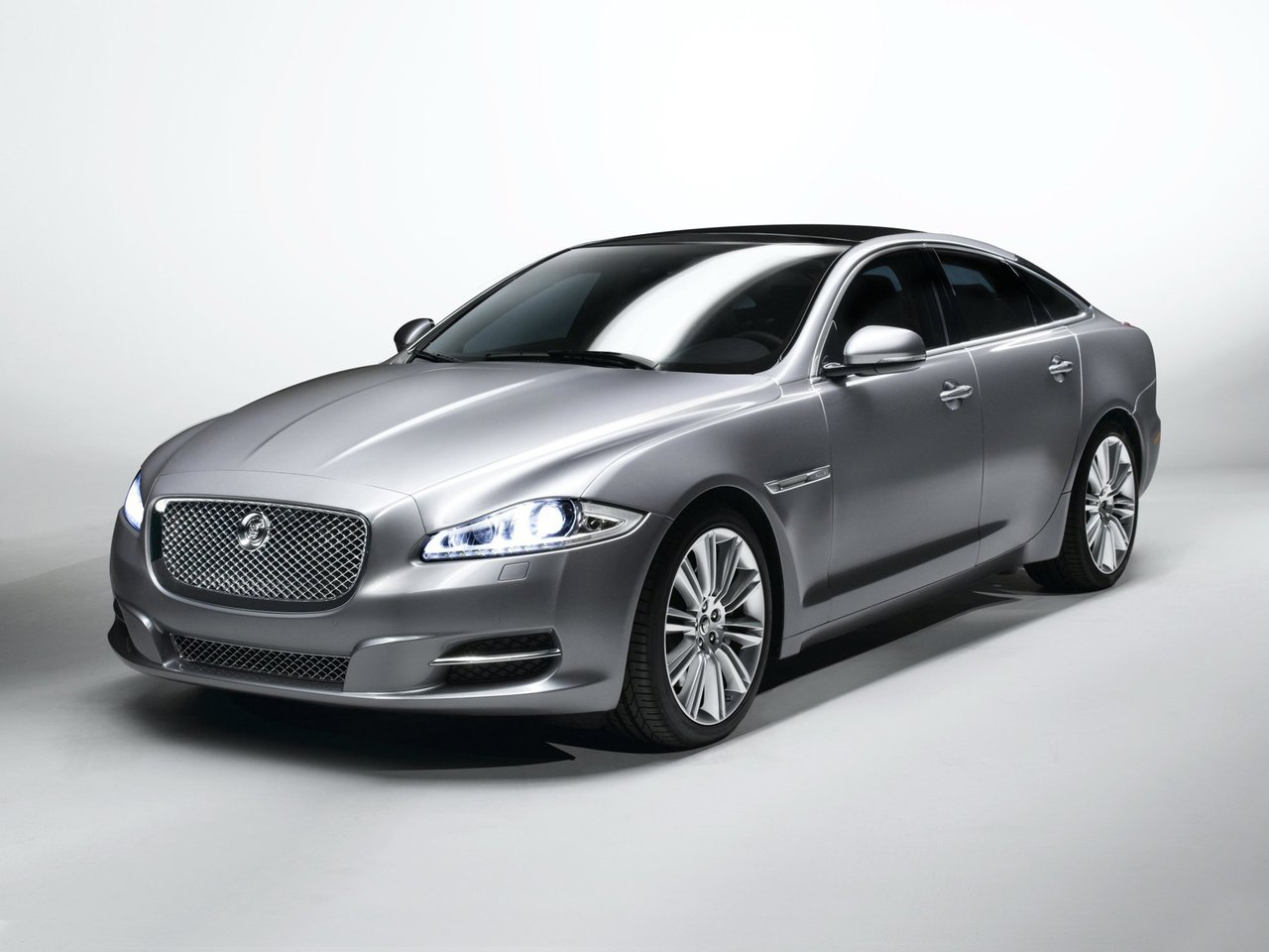 Jaguar XJ IV (X351) Long