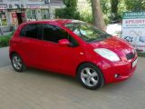 Toyota Yaris 1.3 AT (87 л.с.) 2006 с пробегом 170 тыс.км.  л. в Одессе на Autos.ua